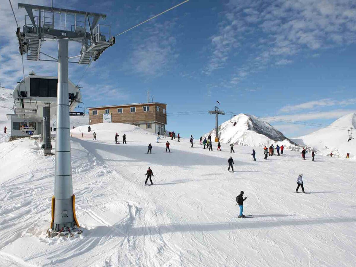 One of the most popular ski resorts for ski beginners in Europe