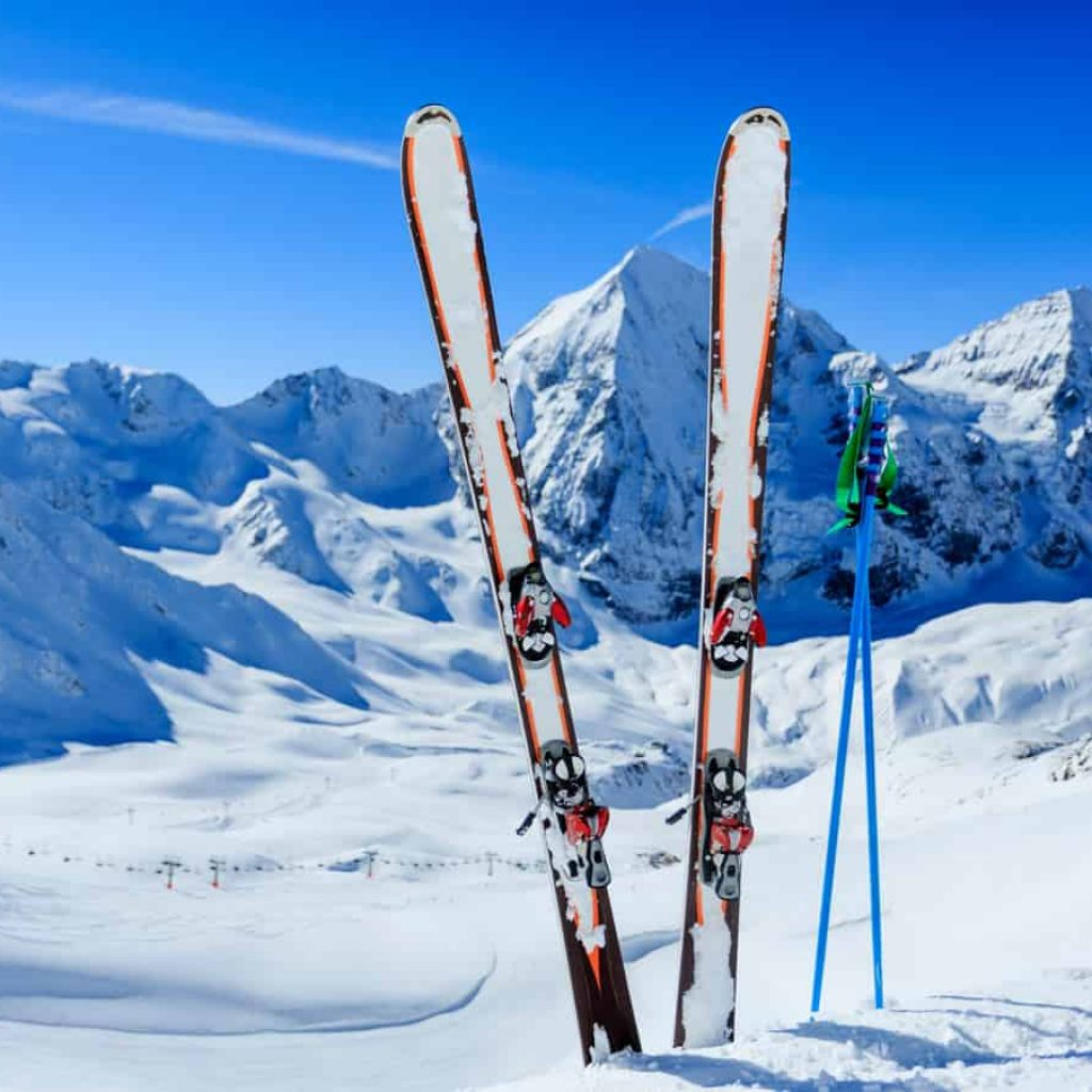 Best time to learn to ski in Bansko for first-time skier: mid-January or March