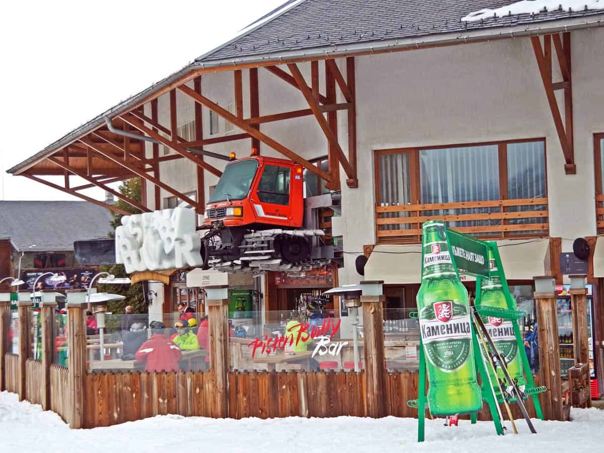 Aprés-ski Bansko , the best European ski resorts for beginners