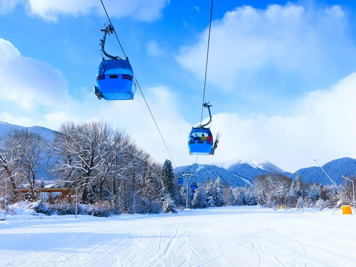 Bansko ski lift in the Best European ski resorts for beginners