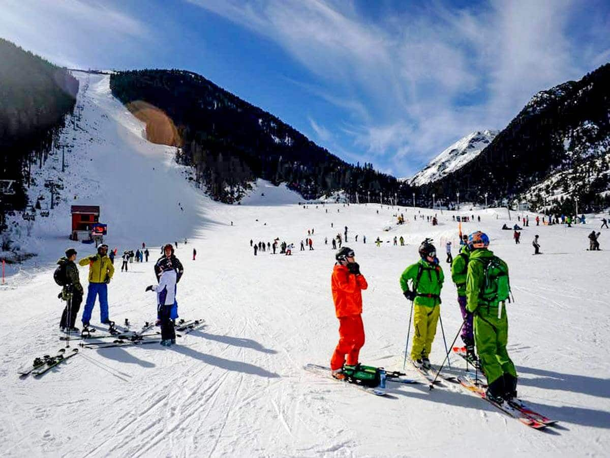 Bansko is the most visited ski resort in Bulgaria by beginner skiers